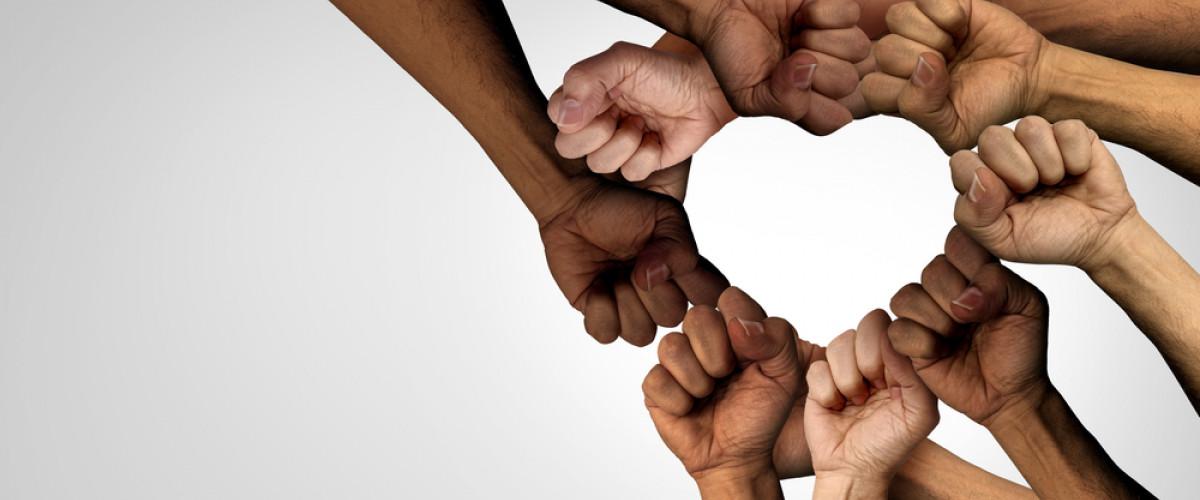 Yolu Empatiden Geçen Bir İletişim Tekniği: Şiddetsiz İletişim Nedir?