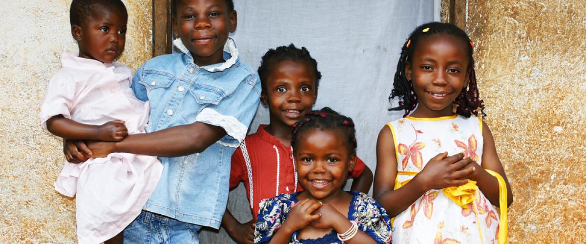 """""""Afrika için tarihi bir gün"""": Kıta Çocuk Felcine Neden Olan Poliovirüs'ten Arındı"""